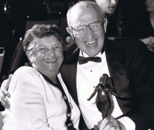 Kay and Alex Barris with his Nellie (Writers' Guild of Canada, Lifetime Achievement Award).