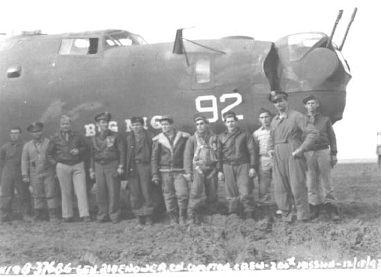 Joe Taddonio's Liberator crew on occasion of its 200th mission during WWII. Courtesy Joe Taddonio.